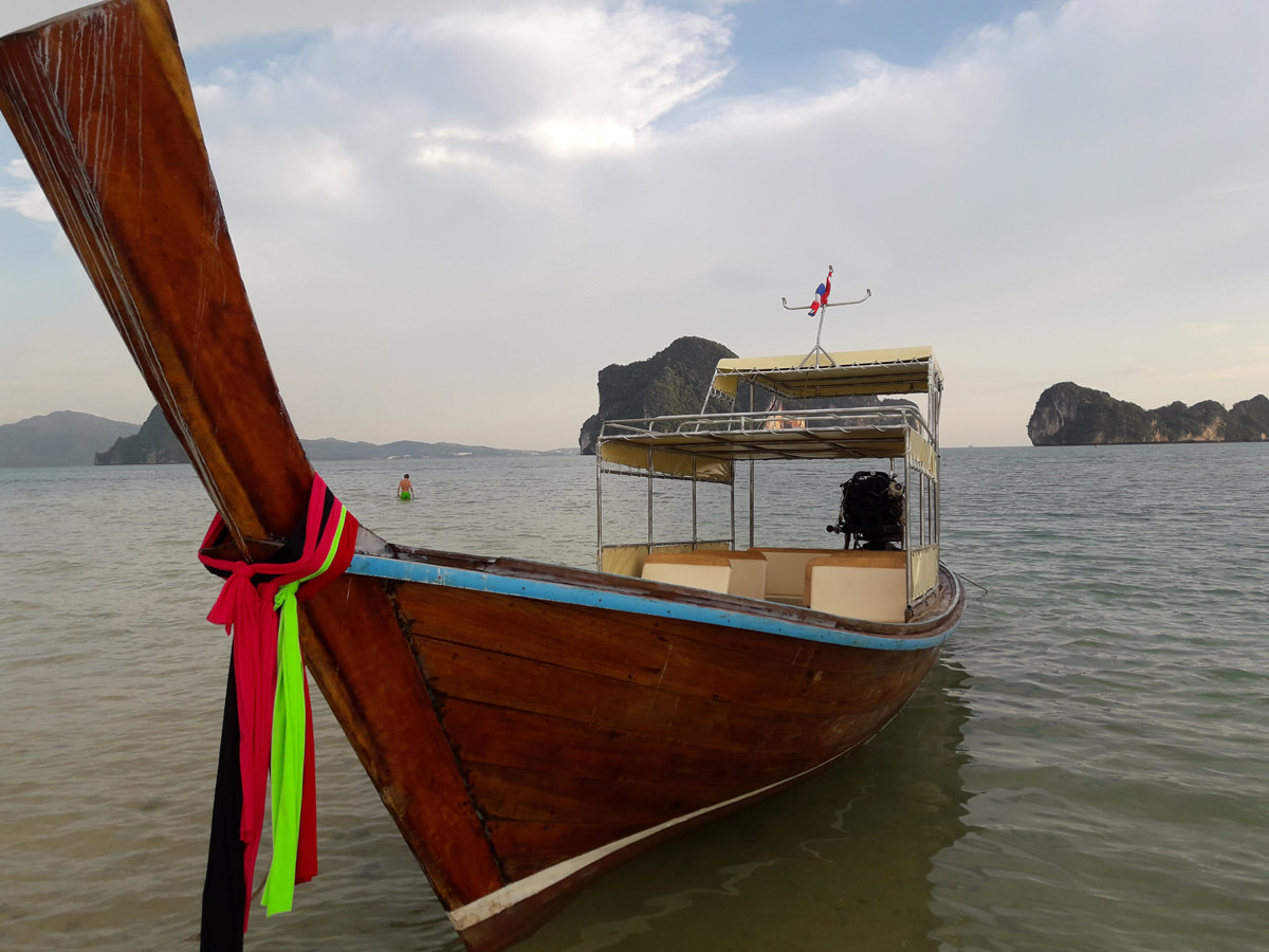 Railay and Four Islands private Long tail boat tour